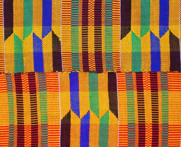 ケンテ布(大)<アフリカの織り布...